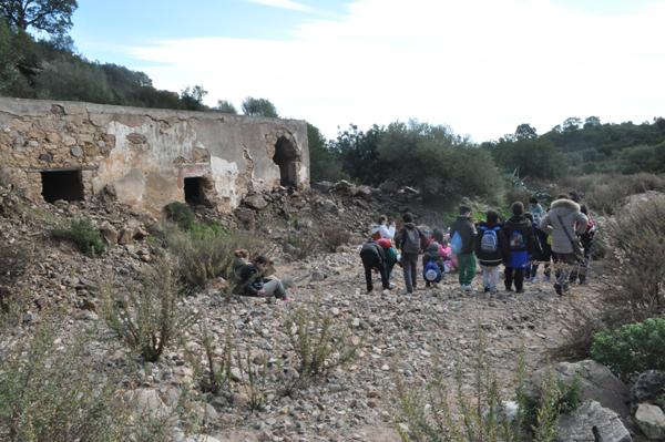 """Progetto """"Uso sostenible delle risorse"""". Visita ai ruderi delle Miniere di Capoterra."""